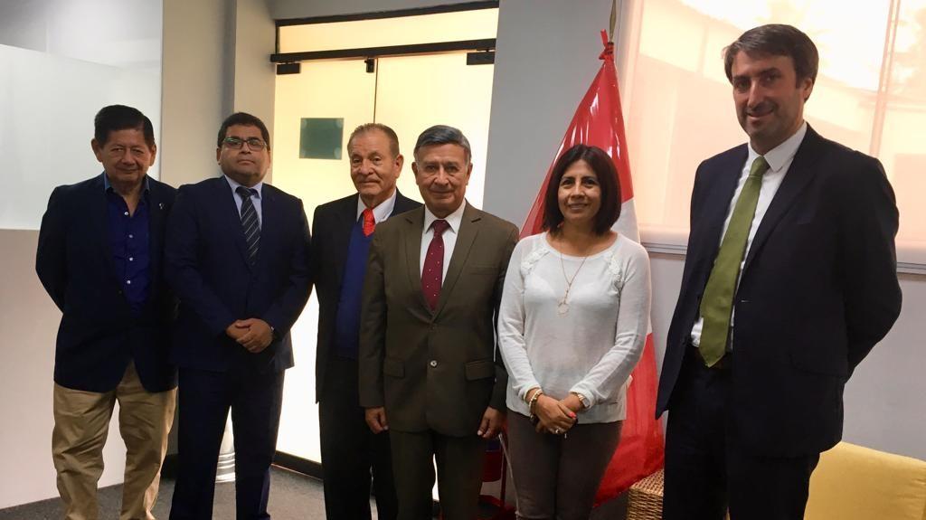 Lillo e viceministro peruviano 2
